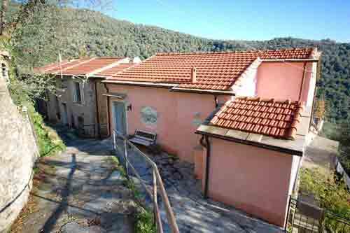 Casa de Baci in Magliani-Dolcedo