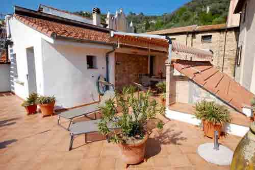 Villa Garibaldi in Isolalunga-Dolcedo